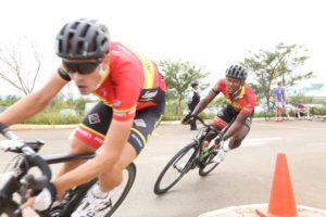 Clint Hendricks (right) of Team RoadCover in action during the first leg of the ProTouch National Criterium Series at Silverstar Casino in Krugersdorp today. Photo: Rika Joubert
