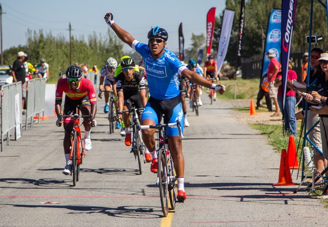 Nolan Hoffman of Team Telkom won the first stage of the Bestmed Tour of Good Hope outside Paarl today. Photo: Capcha