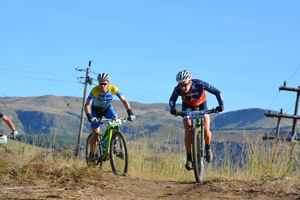 Candice Neethling (right) and Darren Lill of Dorma-USN-Purefit en route to winning the seventh stage of the 2016 Old Mutual joBerg2c. Photo: Full Stop Communications