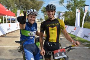 Andrew Hill (left) with teammate Ariaan Louw. Photo: Full Stop Communications