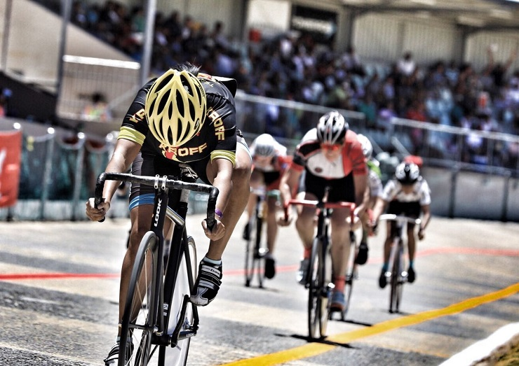Magdalene Nicholson crossing the finish line in first place at the Paarl Boxing Day. Photo: Owen Lloyd