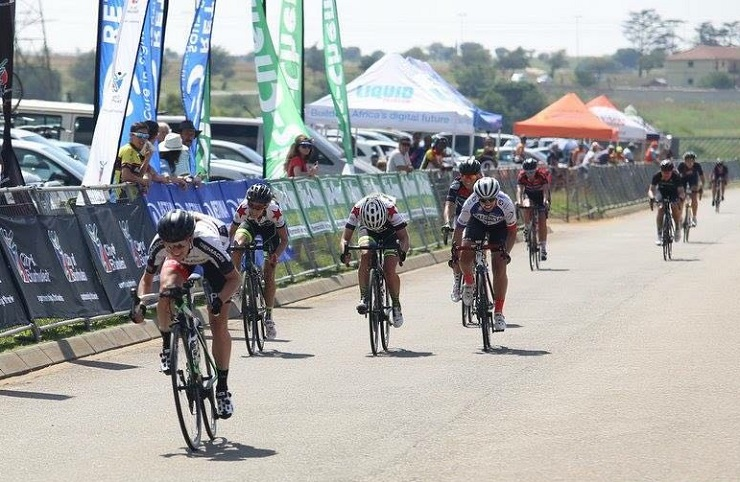 Carla Oberholzer, pictured here seconds before crossing the line, continued her good run of form with victory at the Ride for Sight road race today. Photo: Rika Joubert