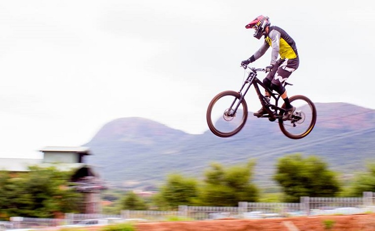 Johann Potgieter, pictured here, won the second SA National DHI Cup Series event yesterday. Photo: Amanda Swanepoel Photography