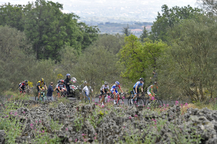 Action from stage six of Giro dItalia