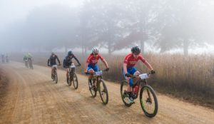 Leading ladies Amy McDougall and Samantha Sanders on day one of the sani2c Race
