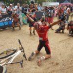 Sam Gaze wins the UCI MTB World Cup