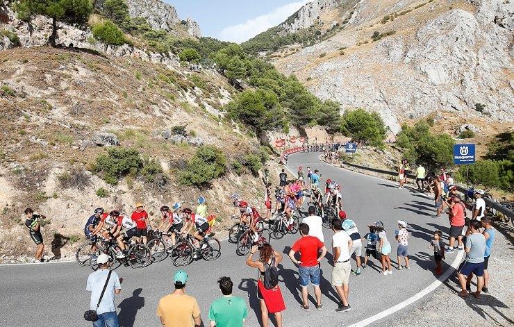 EF-Drapac's Simon Clarke won the 188.7km fifth stage of the Vuelta a Espana in Roquetas de Mar today. Photo: Luis Ángel Gómez