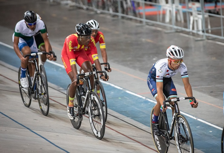 Matthew Fortuin (front) won the junior men's 1 500m race at the SA National Track Championships yesterday. Photo: Owen Lloyd