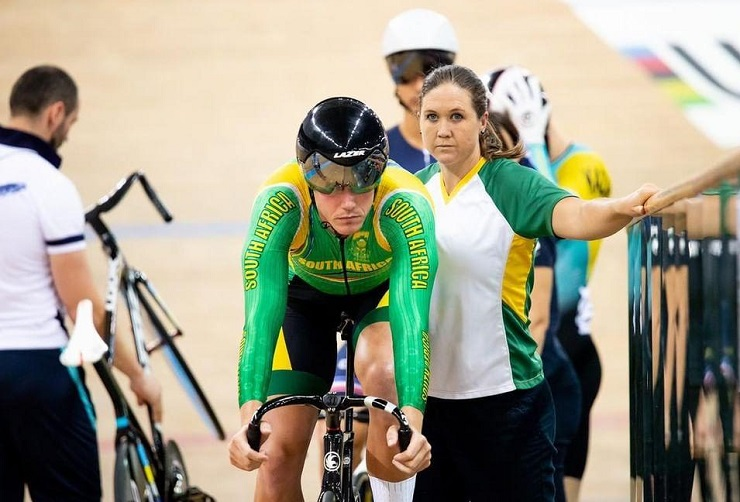 Jean Spies (left) and his manager, Brigitte Mileson (right), travelled to some 20 countries last year in a quest for UCI points. Photo: Shutaro Mochizuki