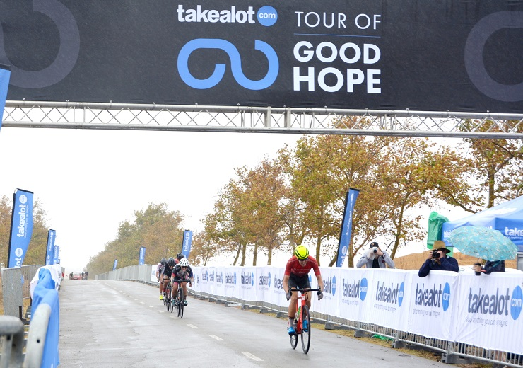 Defending champion Ariane Luthi crosses the line to win the opening stage of 58.5km in the women's category of the Takealot Tour of Good Hope