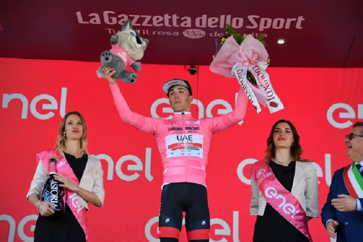 Valerio Conti took the pink jersey on stage six of the Giro d'Italia