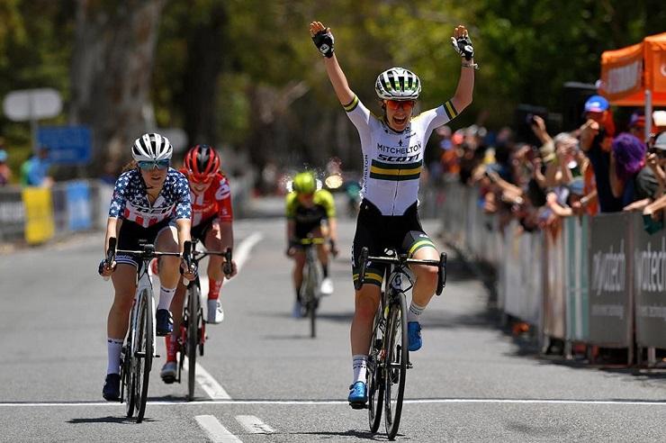 Australian Amanda Spratt won stage two of the Women's Tour Down Under