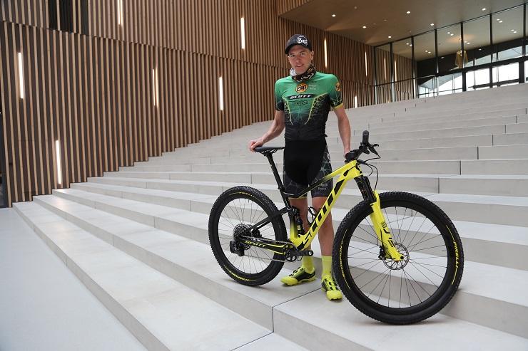 Professional Swiss rider Konny Looser has joined the Buff Scott MTB Team