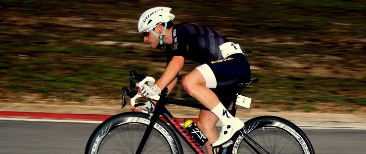 Bradley Gouveris has signed with top French team CR4C Roanne