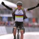 Annemiek van Vleuten won the Omloop Het Nieuwsblad