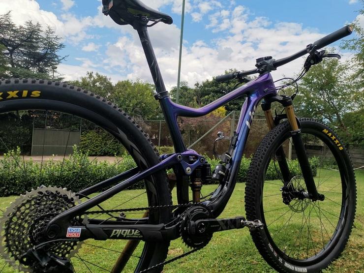 Sarah Hill's Liv Pique 29er Advanced Pro 0 mountain bike.