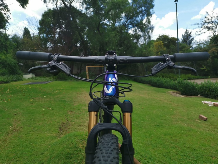 A close-up of Sarah Hill's Liv Pique 29er Advanced Pro 0 mountain bike.