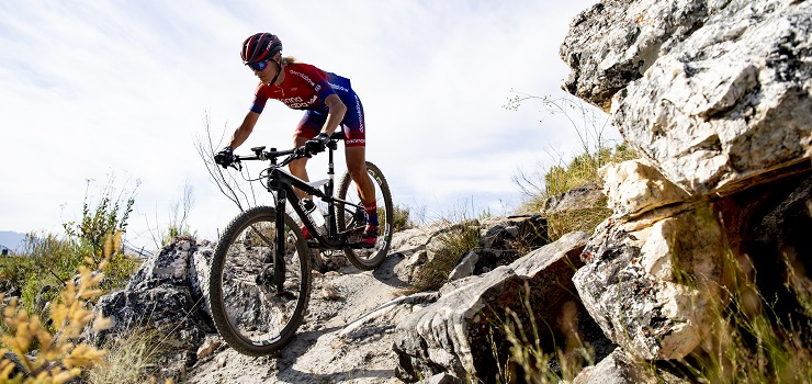 Robyn de Groot, who placed third at the UCI MTB Marathon Mountain Bike Championships last year, is dealing with the disappointment of an interrupted season.